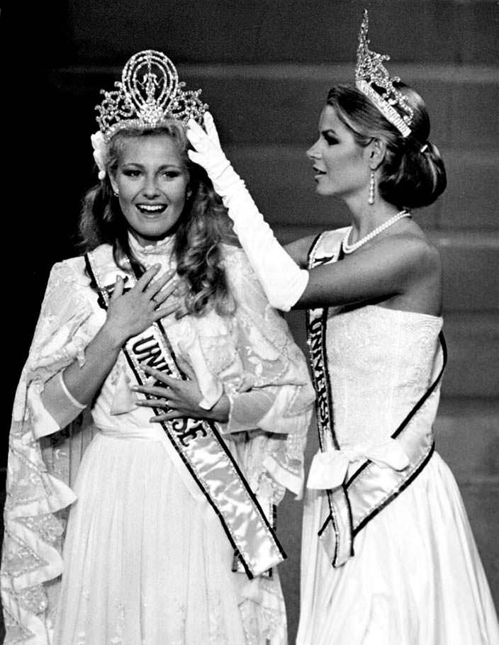 Анна Мария Похтамо победительница «Мисс Вселенная 1975»