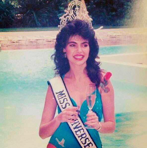 Фото | Мисс Вселенная 1986 в купальнике