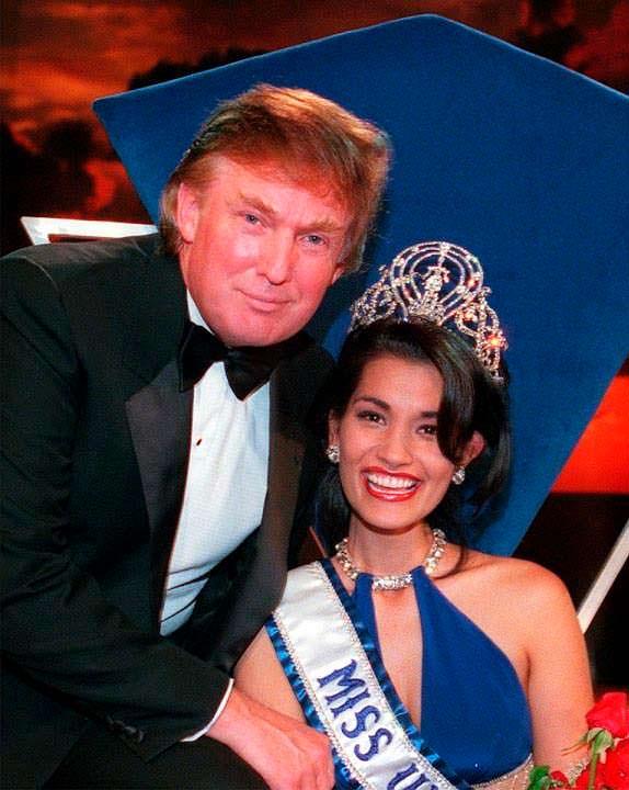 Фото | Дональд Трамп и Мисс Вселенная 1997 Брук Ли