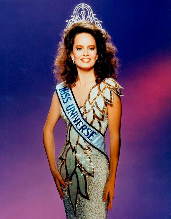 Сесилия Болокко - Мисс Вселенная 1987