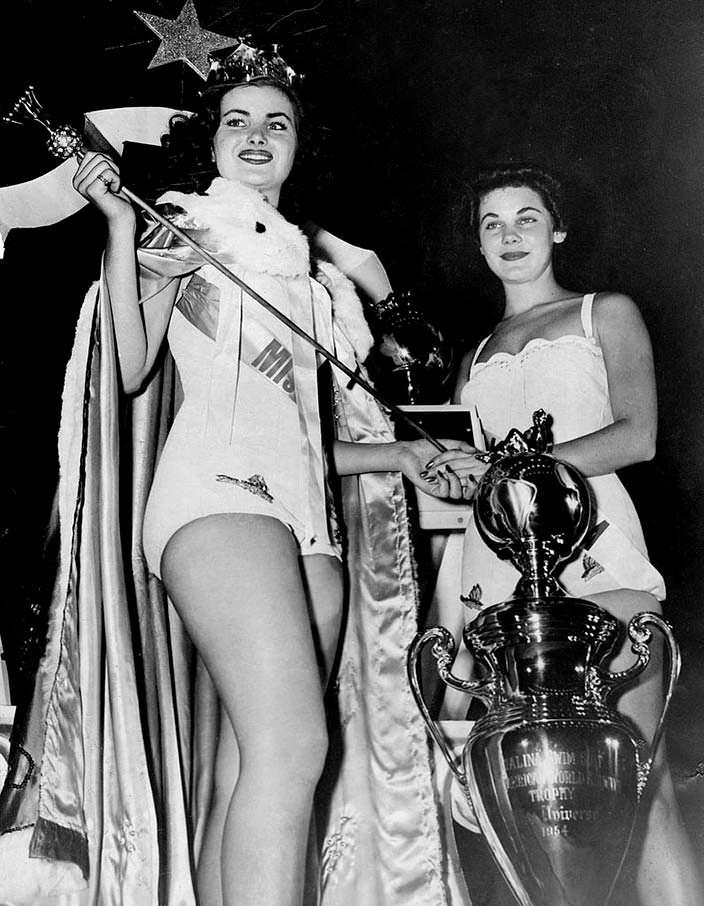 Кристиан Мартель - 2-я Мисс Вселенная. 1953 год