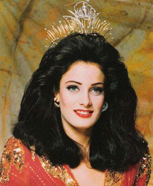Дайанара Торрес - королева красоты из Пуэрто-Рико