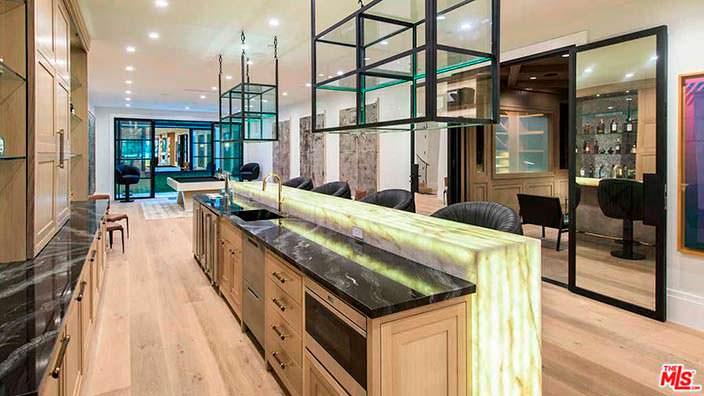 Дизайн бара в доме