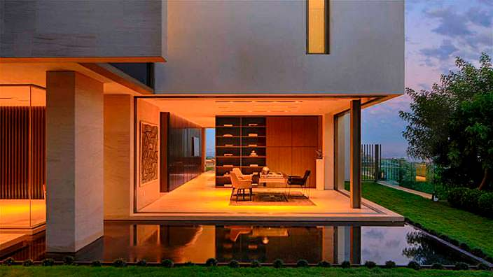 Дизайн домашнего кабинета Майкла Бэя