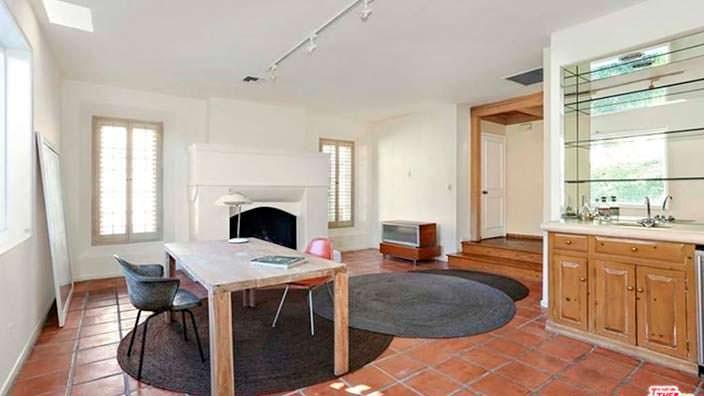 Дизайн домашнего кабинета в доме 60-х годов