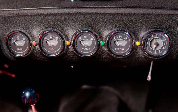 Приборная панель Ferrari 250 GT Series I Cabriolet