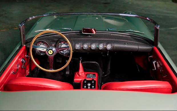 Салон Ferrari 250 GT Series I Cabriolet