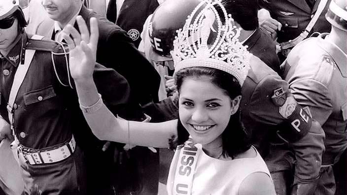 Йеда Мария Варгас - 12-я Мисс Вселенная