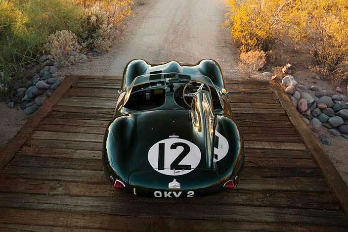 Коллекционный автомобиль Jaguar D-Type 1954 года