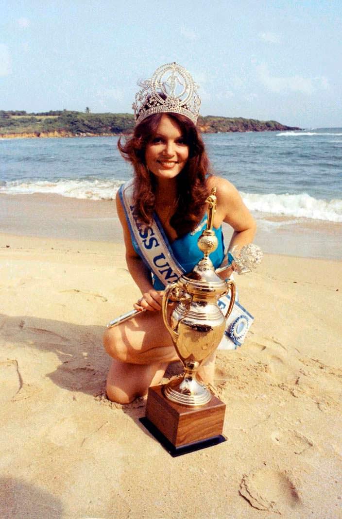 Керри Энн Уэллс - Мисс Вселенная 1972