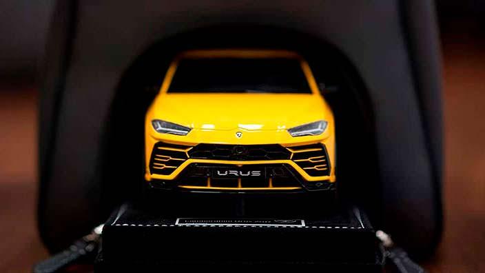 Коллекционная модель Lamborghini Urus