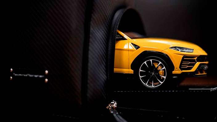 Дорожная сумка с отсеком для модели Lamborghini Urus