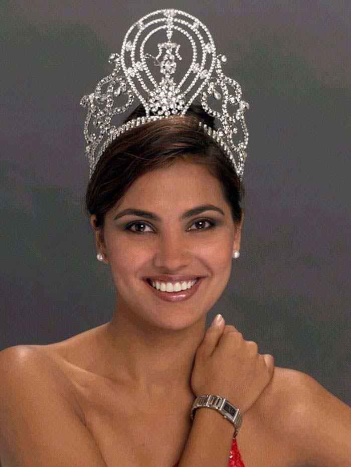 Лара Датта - Мисс Вселенная из Индии