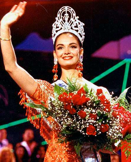 Лупита Джонс - Мисс Мексика 1990