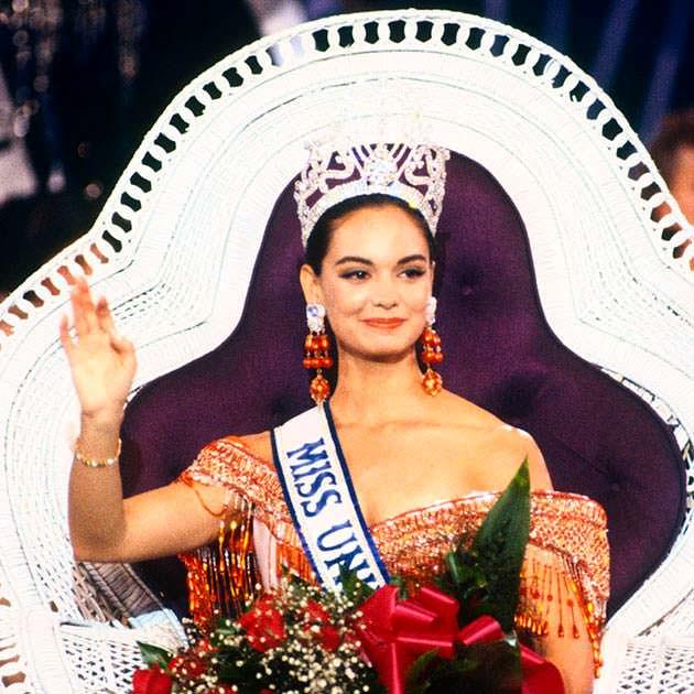 Лупита Джонс - первая Мисс Вселенная из Мексики