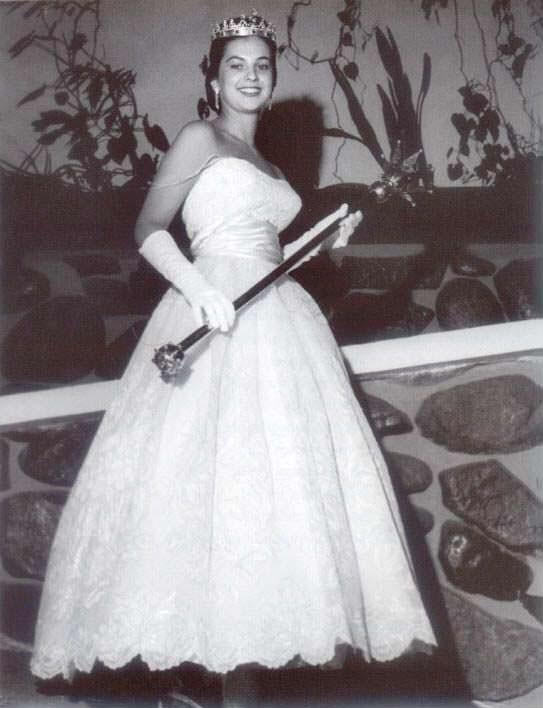 Лус Марина Сулуага Мисс Вселенная 1958