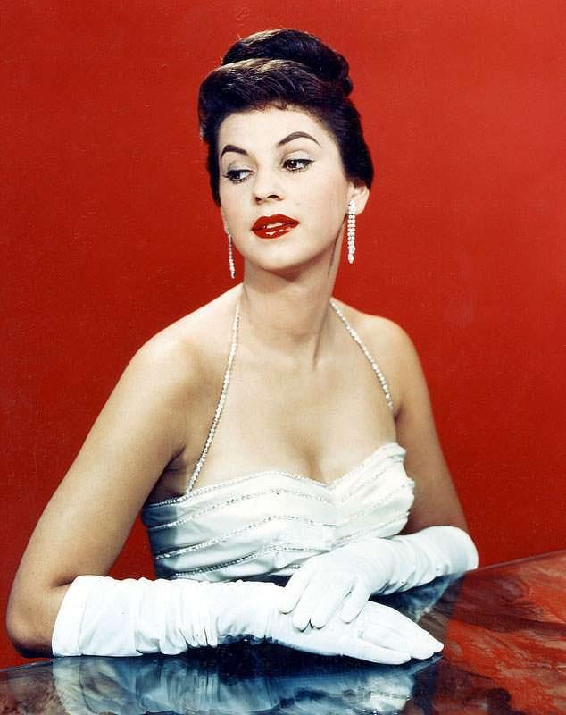 Лус Марина Сулуага - Мисс Вселенная 1958 года