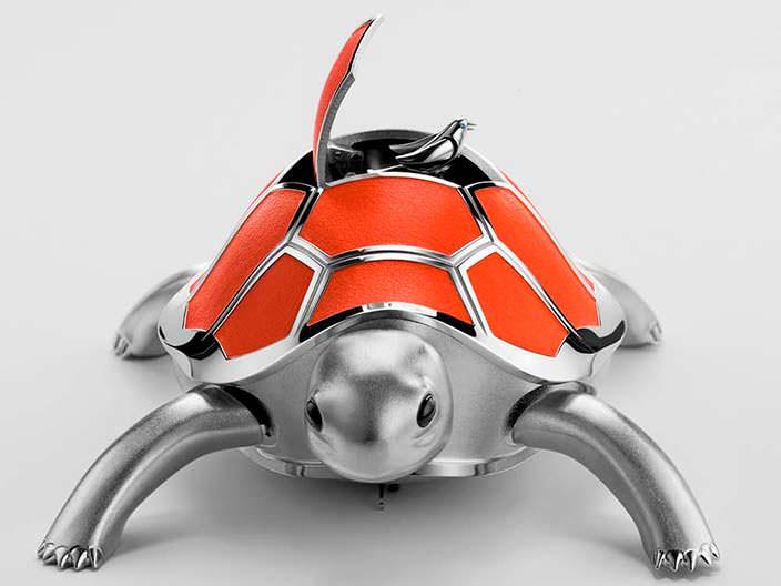 Механическая черепаха с певчей птицей от MB&F