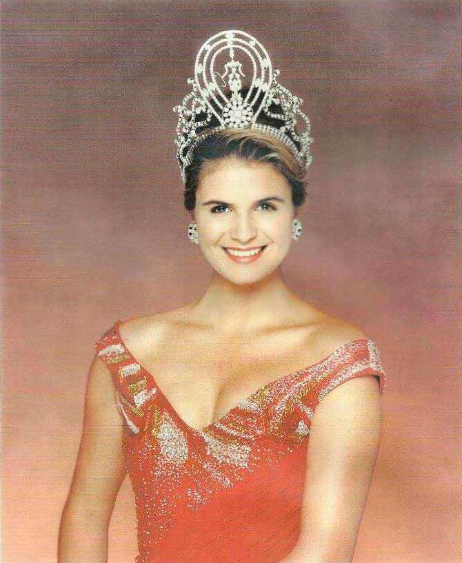 Мишель МакЛин - 41-я Мисс Вселенная