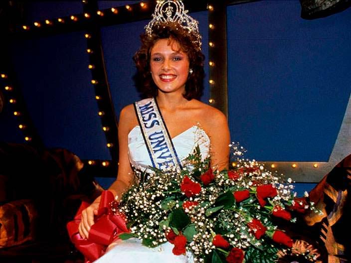 Мона Грудт - Мисс Вселенная 1990