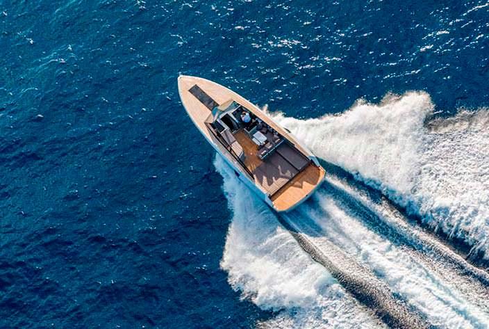 Прогулочный катер-трансформер Evo 43 HT от WA Yachts