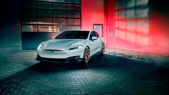 Электрический седан Tesla Model S. Тюнинг от Novitec