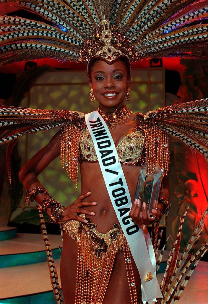 Национальное платье Тринидад и Тобаго для Мисс Вселенная 1998