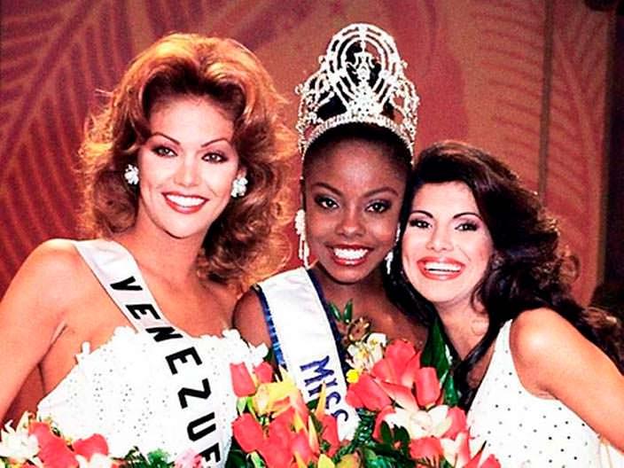 ТОП-3 участниц «Мисс Вселенная 1998»
