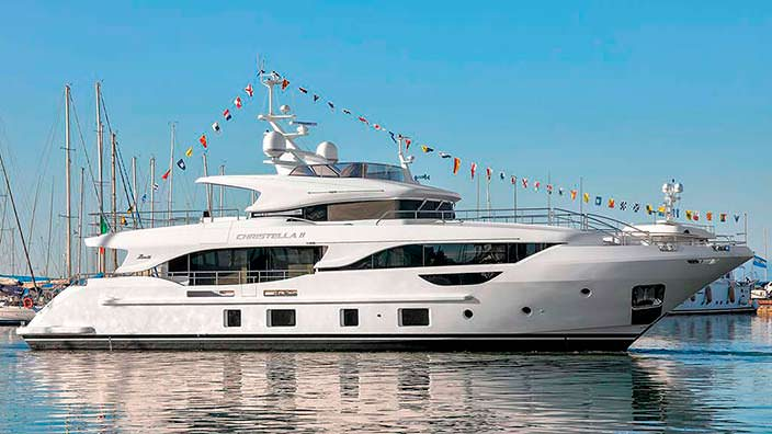 Яхта Benetti Christella II длиной 28,96-метра