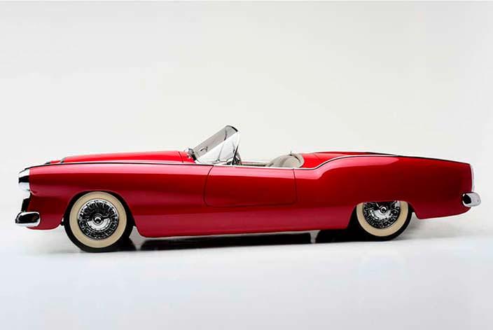 Коллекционный автомобиль Plymouth Belmont 1954 года выпуска