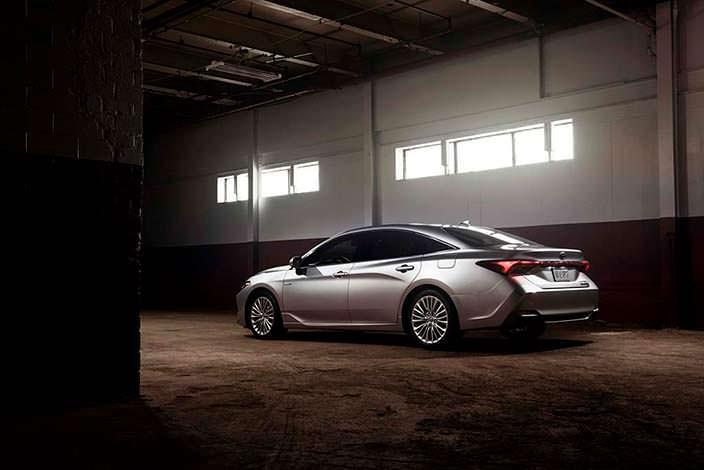 Новая Toyota Avalon 2019