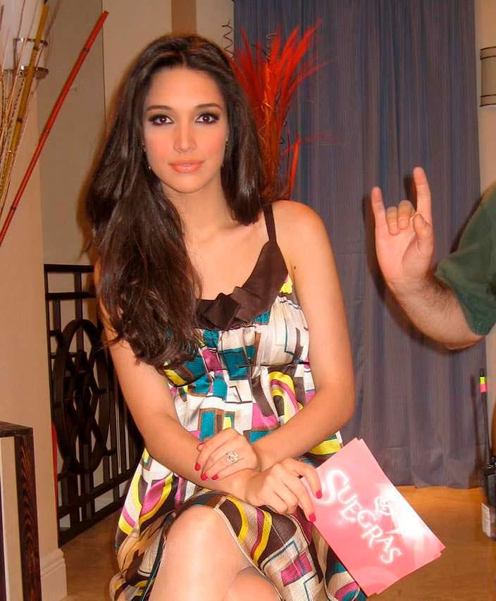 Амелия Вега - Мисс Вселенная из Доминиканской республики