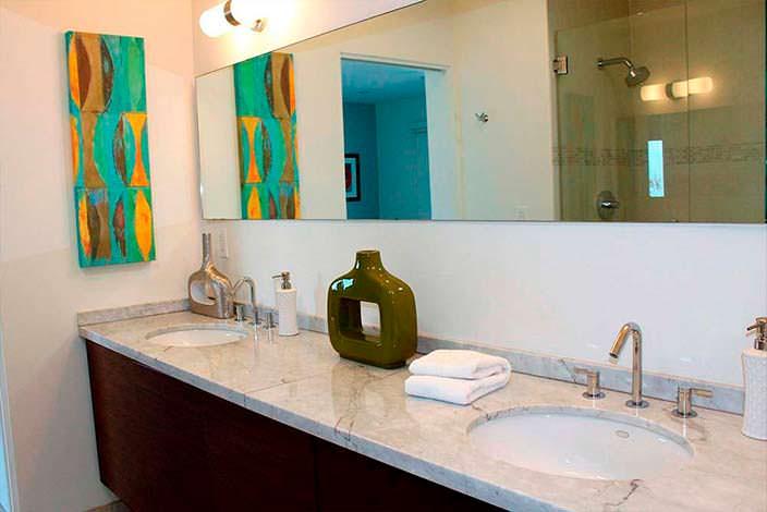 Дизайн ванной комнаты в доме Джоша Дюамеля