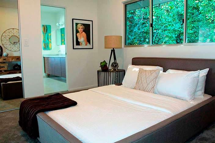 Картина Мерилин Монро в дизайне спальни