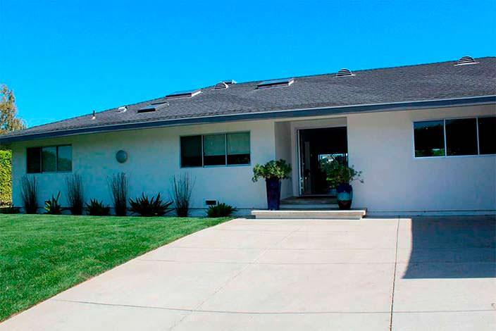 Дом в стиле ранчо в Энсино, Калифорния
