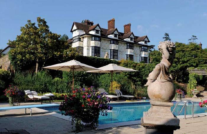 Дом с бассейном в Эссексе, Англия