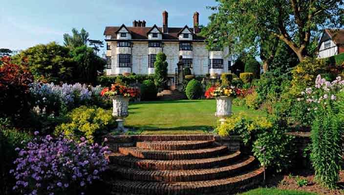 Музыкант Род Стюарт продает дом в Эссексе | фото и цена