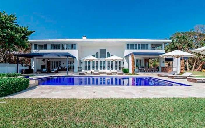 Дом с бассейном во Флориде Рози О'Доннелл