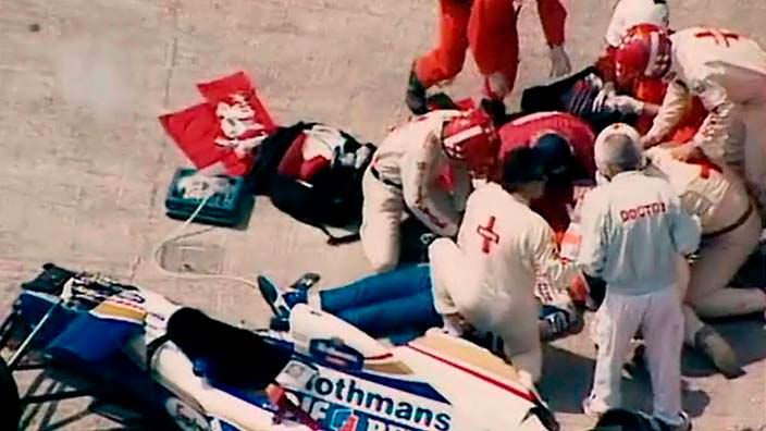 Фото Айртона Сенны после аварии на Williams FW16 в мае 1994
