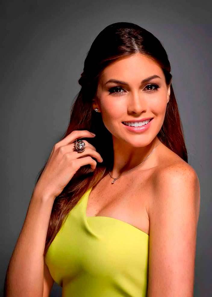 Мария Габриэла Ислер - Мисс Вселенная из Венесуэлы