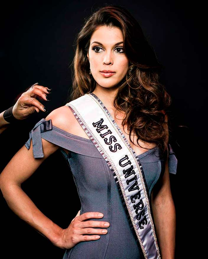 Ирис Миттенар - 65-я Мисс Вселенная