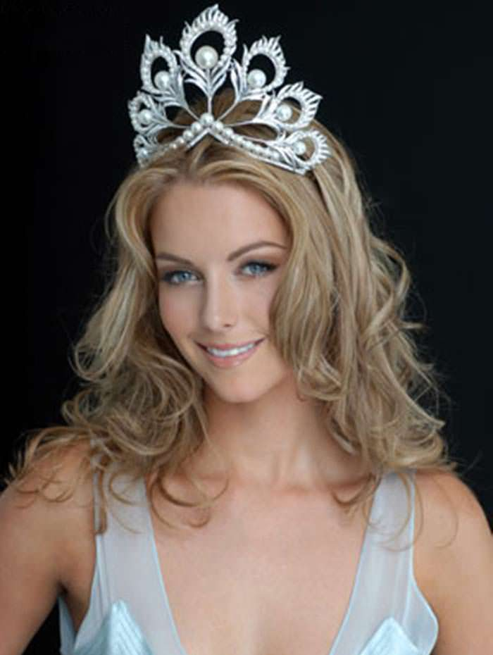Дженнифер Хоукинс - победительница «Мисс Вселенная 2004»