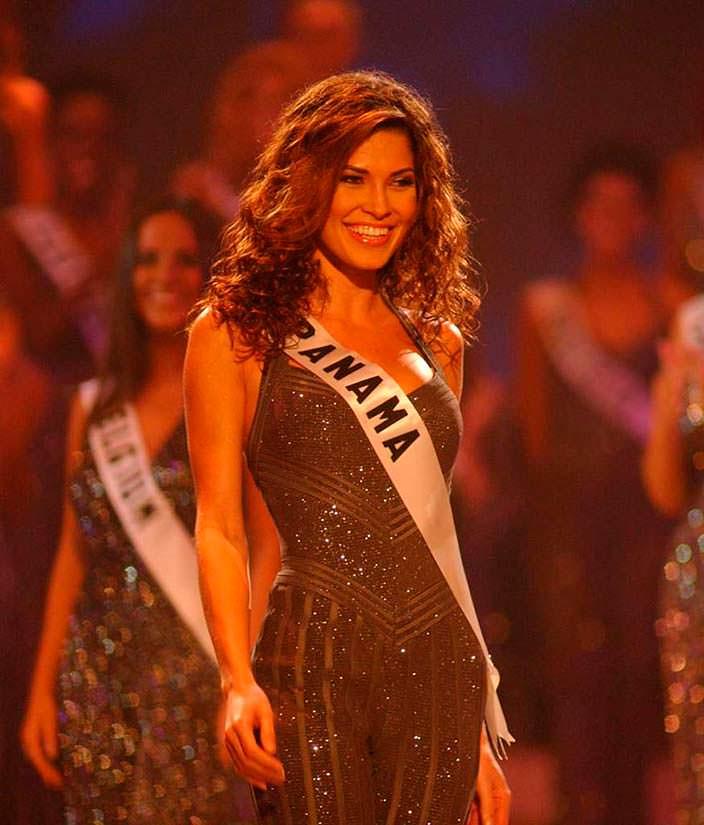 Жюстин Пасек - Мисс Вселенная 2002