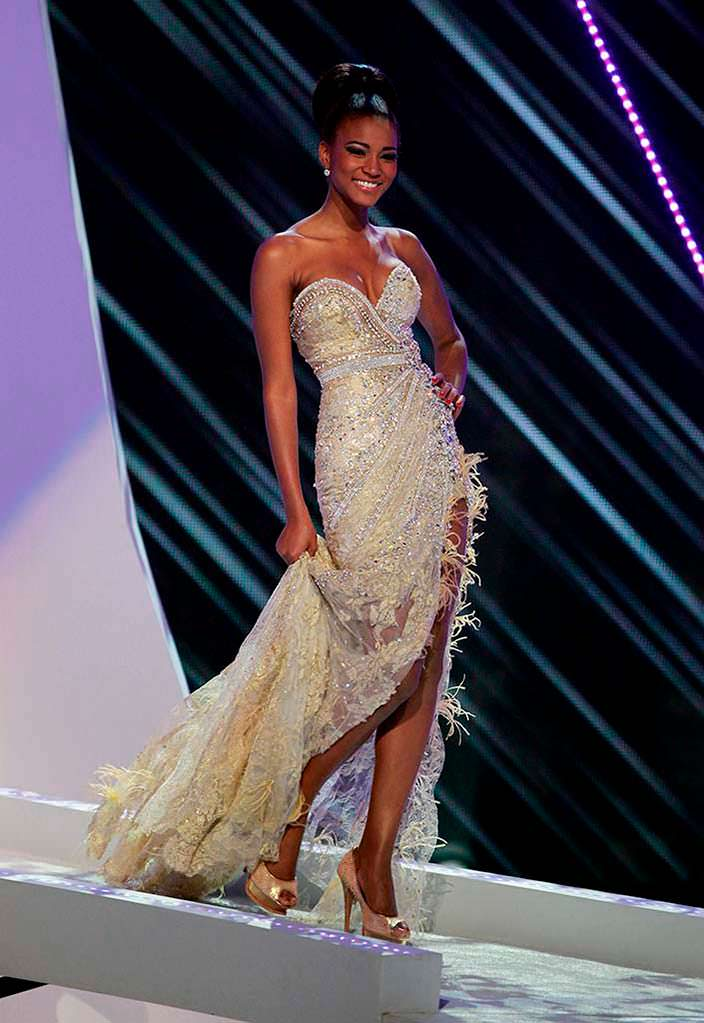 Лейла Лопес - Мисс Вселенная из Анголы