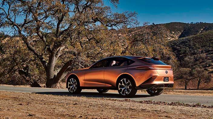Машина из будущего Lexus LF-1 Limitless 2018