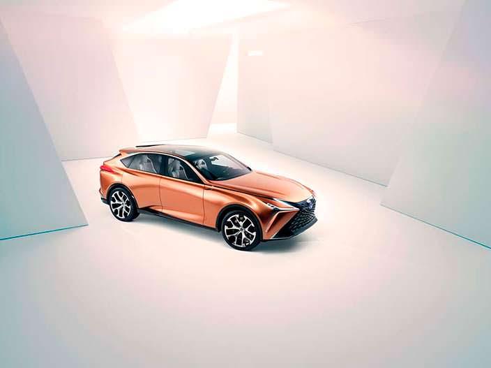 Автомобиль из будущего Lexus LF-1 Limitless 2018