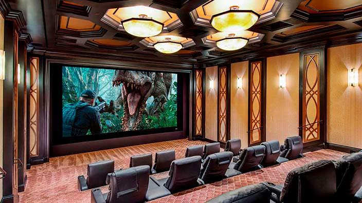 Домашний кинотеатр основателя Legendary Pictures
