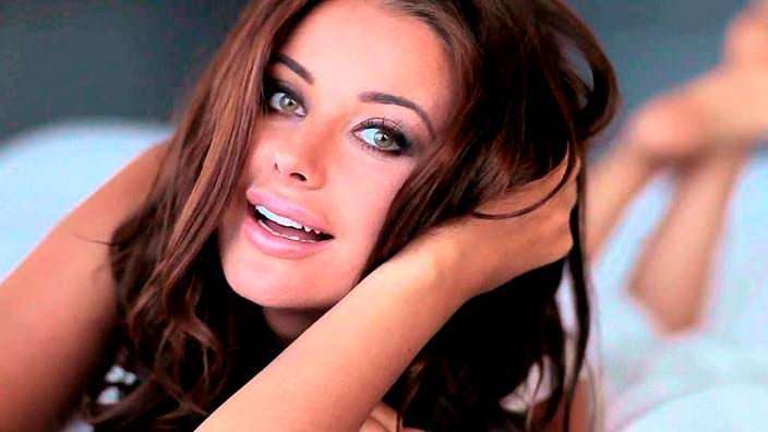 Оксана Фёдорова - Мисс Вселенная из России