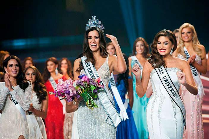 Паулина Вега «Мисс Вселенная 2014» и Габриэла Ислер