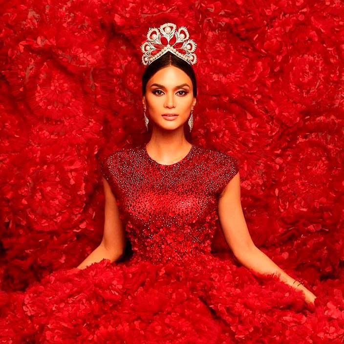 Фото | Пия Алонсо Вуртцбах в красном платье